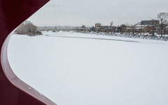 From the Peace Bridge (GeoKs) Tags: calgary winter peacebridge bowriver