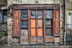 Tempus fugit (Isa-belle33) Tags: architecture urban urbain city ville old ancien fujifilm door porte shop boutique magasin storefront devanture