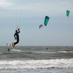DSC_0165 (marcnico27) Tags: 2018 marcnico27 zandvoort beach strand shore sky outdoor surf kite board noordzee northsea men male wet jump sport