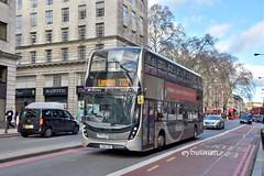 Reading Buses 758, YX64VRU. (EYBusman) Tags: reading transport buses royal berkshire municipal bus coach victoria london green line 702 legoland windsor alexander dennis enviro 400 buckingham place road city centre yx64vru eybusman