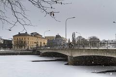 Karlstad (A blond-Tess) Tags: 365photochallenge 365days 365challenge dailyphoto dailyphotochallenge dailychallenge outdoorphotography city karlstad sweden snowy winter värmland bridge february swedishwinter winterdays canonphotography sigma1750mmf28 scandinavia skandinavien visit
