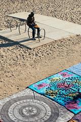 Barcelona / Spain 2017 (monoauge) Tags: 2017 23mm 23mmf2 barcelona fuji fujixt2 fujifilm fujifilmxt2 spain espana spanien cataluna katalonien beach poblenou poblenoubeach playa barcelonetabeach barceloneta people seller street lines streetshot streetphotography