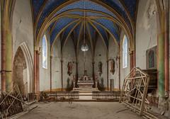 LEZARDES (Jacadit, L'empreinte du temps) Tags: eglise church abandon abandoned lost decay decaying architecture lines france canon jacadit