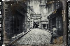 DINAN (pierre.arnoldi) Tags: dinan bretagne france pierrearnoldi photographequébécois photoderue photooriginale photonb phototexturée on1photoraw2018