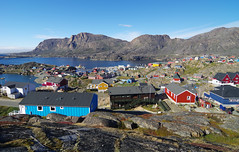 Day 10: Colorful houses of Sisimiut (Gregor  Samsa) Tags: greenland greenlandic north deepnorth travel exploration journey trip adventure nature scenery scenic trail arcticcircletrail path footpath hike hiking trek trekking track tracking backpacking wandering walk walking august summer latesummer westerngreenland sisimiut town city village settlement house houses colorful colorfull