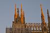 Sonnenuntergang / Sunset # 2 (schreibtnix on 'n off) Tags: reisen travelling italien italy mailand milan architektur architecture dom cathedral santamarianascente licht light sonnenuntergang sunset strukturen structures olympuse5 schreibtnix