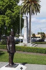 Hastings War Memorial (Neil Pulling) Tags: newzealand hastings hawkesbay artdeco hastingsnewzealand warmemorial anzac