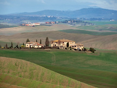 Toscane (Jolivillage) Tags: jolivillage landscape paesaggio sienne siena toscane toscana tuscany agriturismo italie italia italy europe europa geotagged picturesque colline fabuleuse