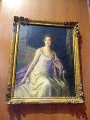 Portrait of Ailsa Mellon Bruce in Founders Room (Autistic Reality) Tags: foundersroom founders room nga gallery nationalgallery usa us unitedstatesofamerica unitedstates america architecture inside interior indoors building structure district dc districtofcolumbia dmv columbia washingtondc washington cityofwashington nationalmall mall museum nationalgalleryofart landmark westbuilding nationalmallandmemorialparks johnrussellpope neoclassicalstyle neoclassical art artmuseum artgallery 2018