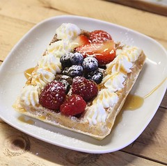 Saturday mornings look like this 😋🙌 . Every Saturday we serve our waffle special 😝 freshly pressed and with your own choice of toppings 👍 this one is mixed berries and maple syrup with freshly whipped (bombompatisserie) Tags: loughborough cake cafe bom patisserie