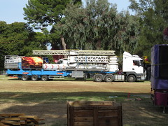 2018 Adelaide Fringe - Garden of Unearthly Delights Carnival Setup (RS 1990) Tags: adelaide southaustralia thursday 8th february 2018 fringefestival eastend gardenofunearthlydelights goud2018 goud18 setup rides fury insanity funtime chaospendle racked scania truck