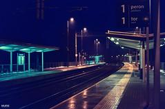 167 (dejfex) Tags: railway station dejfex dawid wereszczyński sony slta57 a57 dt50mmf18sam outdoor pociąg stacja kolej łuków lukow polska poland zapowiednik wet lights night noc