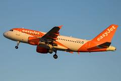 EasyJet - Airbus A319-111 G-EZFL @ Bristol Lulsgate (Shaun Grist) Tags: ezy easyjet airbus a319 gezfl shaungrist brs eggd bristol bristolairport bristollulsgate airport aircraft aviation aeroplanes airline avgeek orange sunrise
