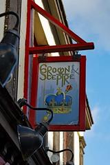 Crown & Sceptre, Torquay (Dayoff171) Tags: devon unitedkingdom england europe pubsigns signs gbg gbg2018 greatbritain