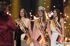 miss_germany_finale18_2175 (bayernwelle) Tags: miss germany wahl 2018 finale 24 februar europapark arena event rust misswahl mister mgc corporation schönheit beauty bayernwelle foto fotos christian hellwig flickr schärpe titel krone jury werner mang wolfgang bosbach soraya kohlmann ines max ralf klemmer anahita rehbein sarah zahn rebecca mir riccardo simonetti viola kraus alena kreml elena kamperi giuliana farfalla jennifer giugliano francek frisöre mandy grace capristo famous face academy mode fashion catwalk red carpet