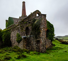 Prince of Wales Shaft, Phoenix United Mine (Rogpow) Tags: cornwall mine minions phoenixunitedmine cornishmining cornishmines cornishminingworldheritagesite copper coppermine tin tinmine metalmine metalmining abandoned derelict decay disused dilapidated ruin enginehouse windingenginehouse whimenginehouse pumpingenginehouse fujifilm fujixt1 fuji industrialhistory industrialarchaeology industrial industry overgrown