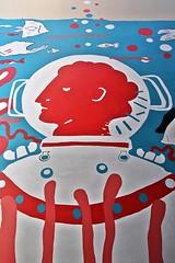 1 Mijl Onder Zee (just.Luc) Tags: urbanart streetart mechelen malines belgië belgien belgique belgica belgium vlaanderen flandres flanders graffiti red rood rot rouge blauw blau blue azul bleu white wit weiss blanc diver duiker plongeur sea zee meer mer water eau wasser poissons vissen fishes fische rojo rosso