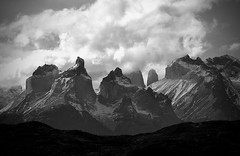 Torres del Paine_0382 (LifeViewer) Tags: paisaje landscape torresdelpaine chile patagonia mountain snow blackandwhite blackwhite blackwhitephoto