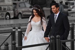Wedding in Rome (Thomas Roland) Tags: people bride wedding groom portrait street photo candid rome rom roma italia italy italien europe europa travel rejse holiday city by stadt roman tourist tourism destination visitors vatican vatikanet historical