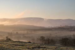 Morning has Broken (johnkaysleftleg) Tags: lakedistrict lakes fareasternfells bonscalepike arthurspike hutton dacre penrudock canon760d sigmaaf1770mmf2845dcmacro mist morning sunrise morninglight trees fells hills