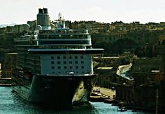Puerto de La Valeta (portalealba) Tags: malta lavaleta portalealba pentax pentaxk50 1001nights 1001nightsmagiccity