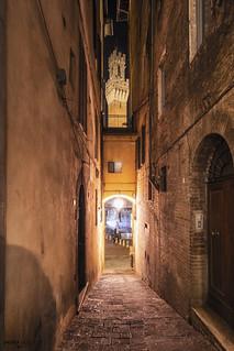 Vicolo del Bargello - Siena (Italy)