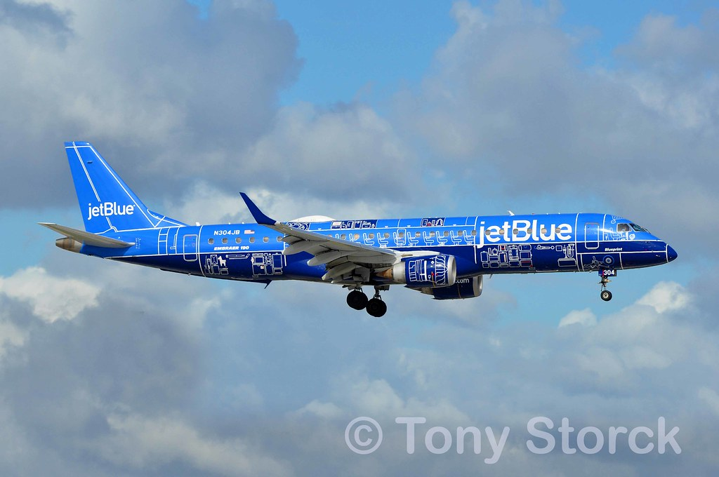 The World's Best Photos of flying and jetblue - Flickr Hive Mind