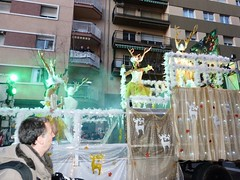 Tarragona rua 2018 (25) (calafellvalo) Tags: tarragona rua carnaval artesania ruadelaartesanía calafellvalo carnival karneval party holiday parade spain catalonia fiesta modelos bellezas estrellas tarraco artesaniatarragonacarnavalruacarnivalcalafellvalocarnavaldetarragona