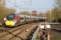 Virgin 390005 @ Kidsgrove (uksean13) Tags: 390005 virgin pendolino kidsgrove train transport railway rail 760d canon ef70200mmf4lusm