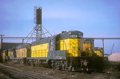 C&NW GP7 1574 (Chuck Zeiler) Tags: cnw gp7 1574 railroad emd locomotive proviso train chuckzeiler chz