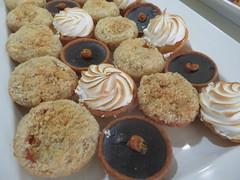 Tortes (earthdog) Tags: 2018 canon canonpowershotsx720hs powershot sx720hs torte food edible dessert work office
