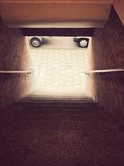 IMG_1830vf (hans hoeben) Tags: parkedcarwithtrailer amsterdamsouth stairs berlage amsterdamse school stijl iphone 5s holland dutch netherlands urban citroen berlingo