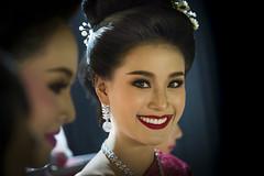 Chiang Mai Girl (♥siebe ©) Tags: 2018 chiangmai flowerfestival siebebaardafotografie thai thailand festival girl portrait portret woman wwwsiebebaardafotografienl ประเทศไทย รูปคน สาว เชียงใหม่ เมืองไทย ไทย