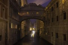 Venetian paths 73(Sospiri mattutini) (Maurizio Fecchio) Tags: sospiri venice venezia italy italia lights longexposure travel sunrise city cityscape nightcity bridge architecture