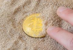 Bitcon in sand (wuestenigel) Tags: sand crypto cryptocurrency coins hodl manhand bitcoin hand trading noperson keineperson desktop gold closeup nahansicht money geld business geschäft food lebensmittel health gesundheit symbol