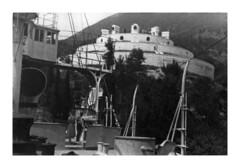 Lago di Garda - luglio 1952 (10-11) (dindolina) Tags: photo fotografia family famiglia marialaviniabovelli lagodigarda italia italy 1952 vintage 1950s annicinquanta fifties viaggio biancoenero blackandwhite monocromo monochrome vacation vacanze storia history