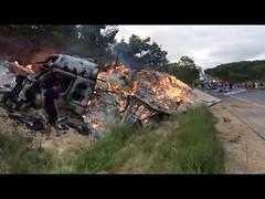 Dez paraibanos morrem em acidente no interior de Minas Gerais (portalminas) Tags: dez paraibanos morrem em acidente no interior de minas gerais