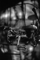 Pedal-punk (Komatsu 1000) Tags: 125 8minutes 50mmf1leicanoctiluxe60 iso200 leicam3 rodinal rolleisuperpan200