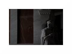 Infante de palacio fumando un cigarro a hurtadillas (juan jose aparicio) Tags: palacio palace marmol marble estatua statue contrast shadows contraste sombras