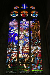 Vitrail de Jeanne d'Arc (cathédrale Saint-Etienne d'Auxerre) (godran25) Tags: europe france bourgogne burgundy yonne auxerre jeannedarc joanofark vitrail vitraux colors orléans medieval médieval