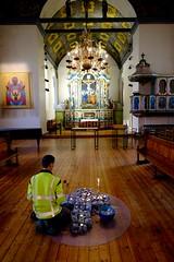 Accueil des sans abris à l'église Notre-Dame de Trondheim (XIIème siècle) (à l'affut depuis 1966...) Tags: fuji trondheim norvege pauvres églises