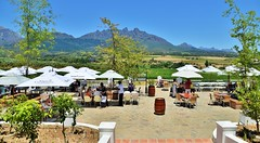 Piza e Vino terrace and Haweqa Mountains, Val du Charron, Western Cape