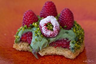 Tartelette aux framboises et pistaches...! - Raspberry and pistachio tart ...!