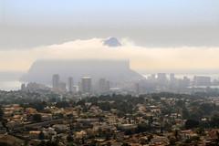 IMG_1034 Calpe  - Seen in Explore - 2018-02-21 # 201 (jaro-es) Tags: canon costablanca españa eos70d spanien spain spanelsko nebel niebla stadt city ciudad explore