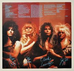 A0517 WASP Inside the Electric Circus (vinylmeister) Tags: vinylrecords albumcoverphotos heavymetal thrashmetal deathmetal blackmetal vinyl schallplatte disque gramophone album
