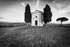 Vitaleta (*magma*) Tags: valdorcia toscana tuscany italy country hills colline valley trees cipressi cypresses grass erba campi fields sunset tramonto vitaleta cappella chiesa church
