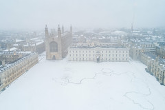 Kings in the Snow. (Tris1972 (tmorphewimages.co.uk)) Tags: drone dji phantom djiphantom4advanced quadcopter sky ariel 2018 beastfromtheeast snow cold white kingscollegecambridge cambridge kings colleges universityofcambridge cambridgeshire winter architecture scenic prety learning college thebacks morning misty