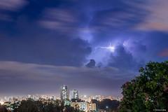 Nuvens sobre Londrina/PR (Vinicius_Ldna) Tags: 6443 céu sky nuvens clouds lightning raio relâmpago blue azul city cidade prédios buildings edifícios cityscape paisagem urbana longaexposicao longexposure skyline horizonte canon 1855 t3i londrina parana brazil
