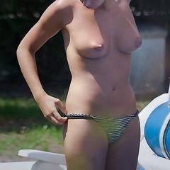 Paparazi1 (photosperso) Tags: girl breast seins