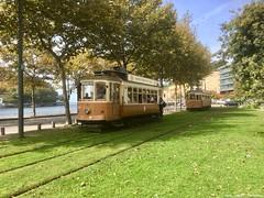 Massarelos (ernstkers) Tags: 220 287 bonde brill douro porto portugal stcp stcp220 stcp287 streetcar tram tramvia tranvia trolley eléctrico strasenbahn spårvagn